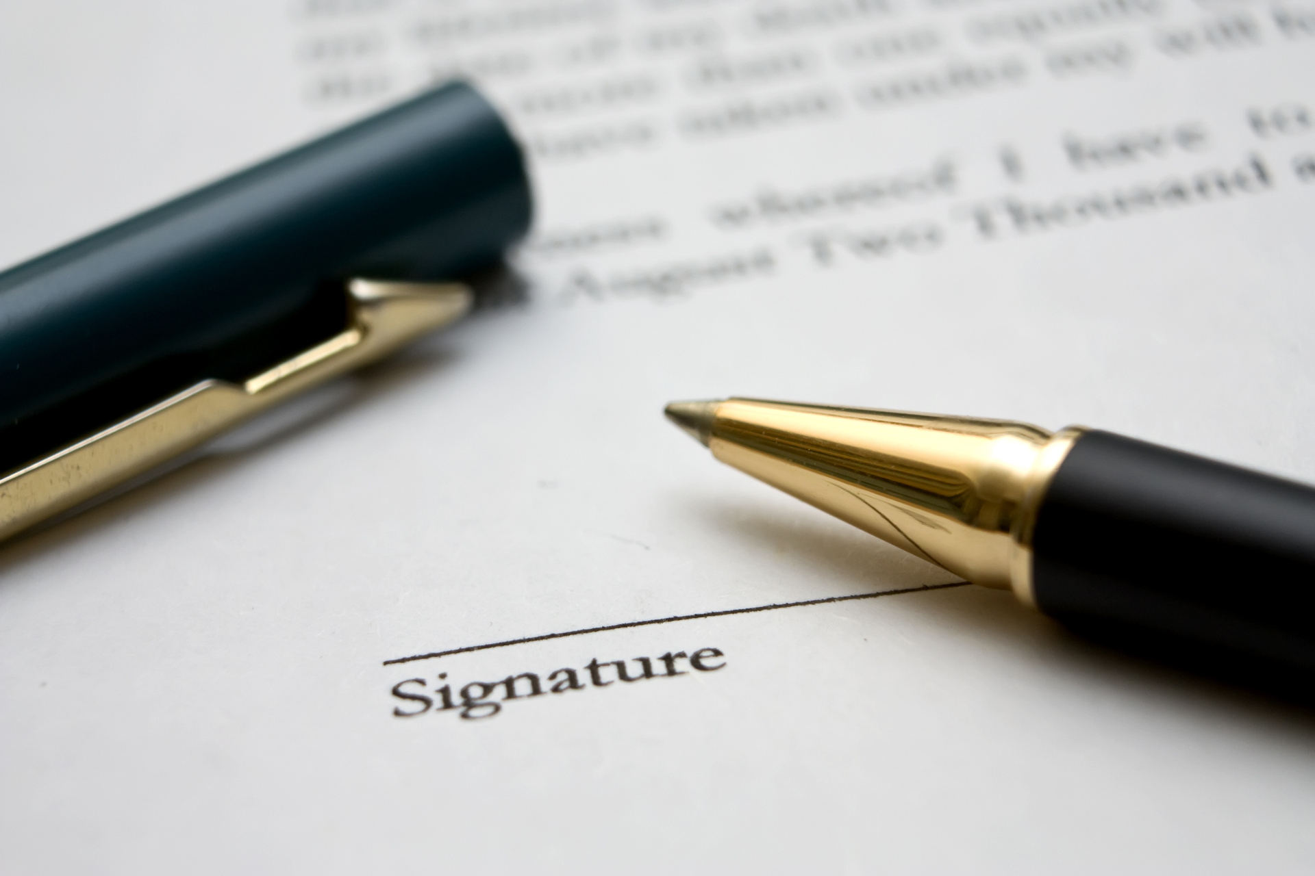 to-sign-a-contract-3-1236622-1920x1280